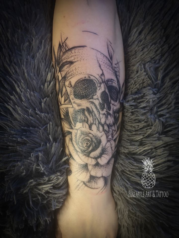 Skull and roses tattoo by Pineapple tattoo Maribor Slovenia